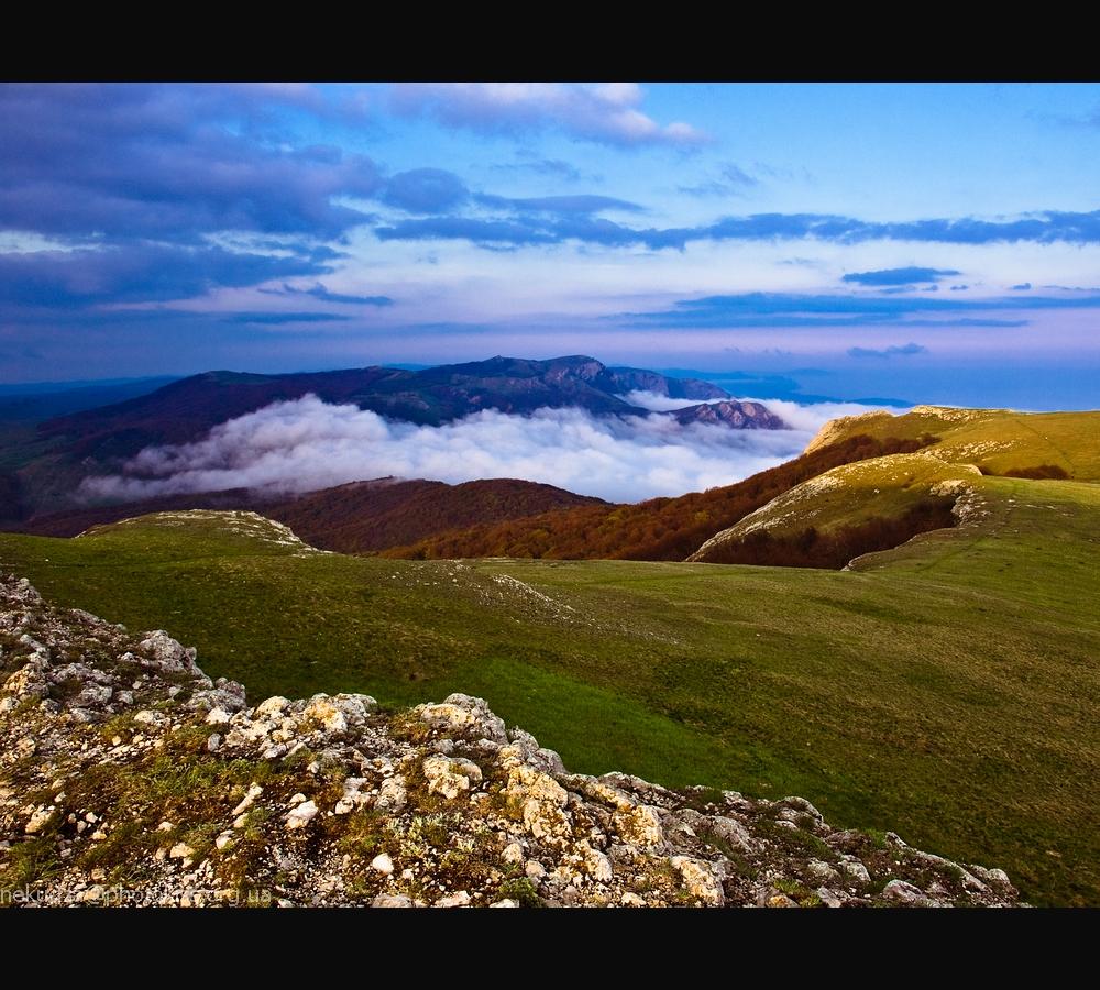 Фотографии Крыма: вид с Тырке на Караби на закате