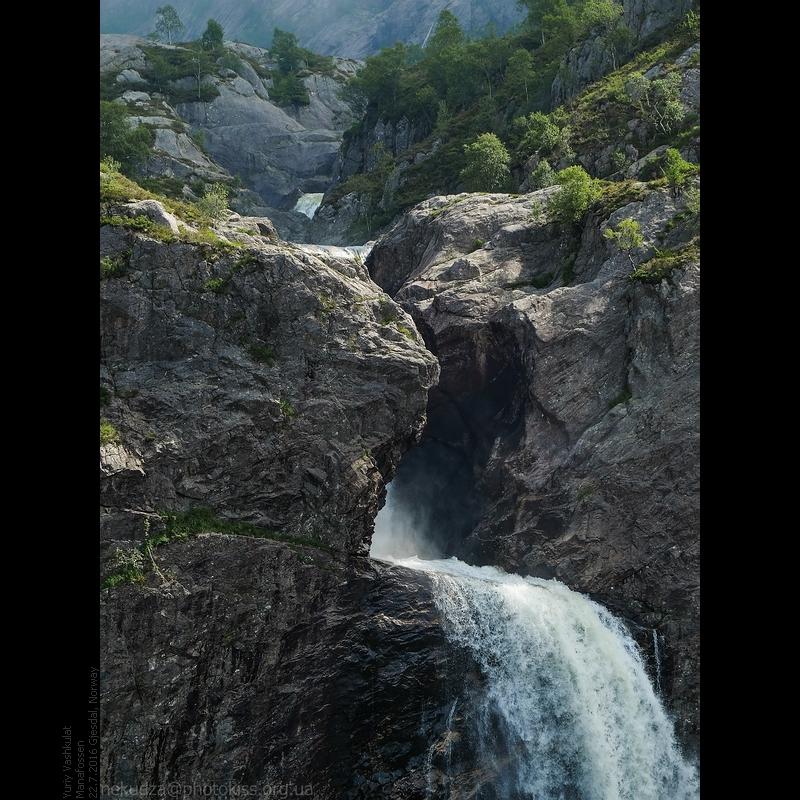 Водопад Манафоссен