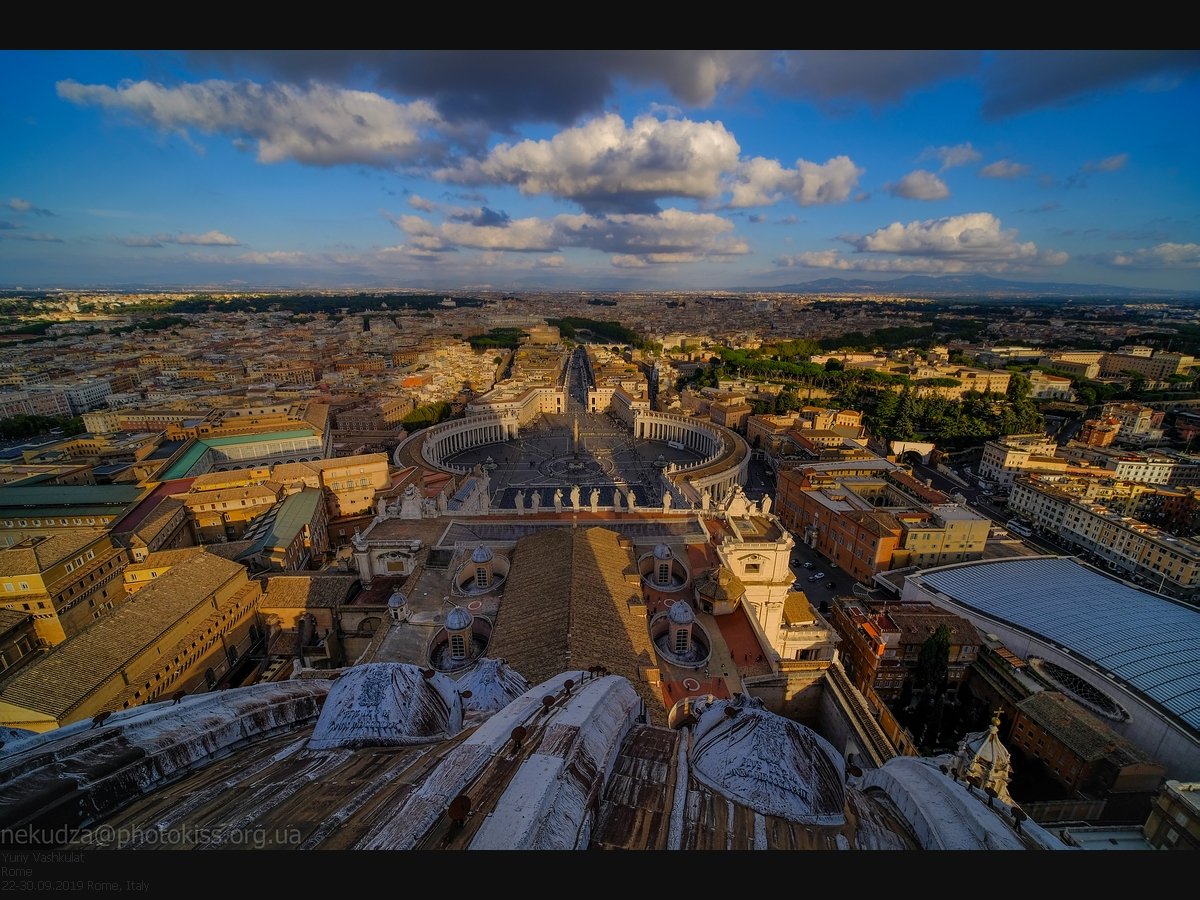 Laowa 9mm f/2.8 Zero-D. Пример. Вид с купола собора святого Петра, Ватикан