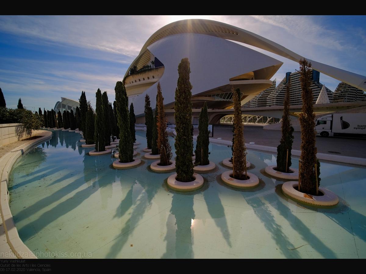 Laowa 9mm f/2.8 Zero-D. Пример. Ciutat de les Arts i les Ciencies, Валенсия, Испания
