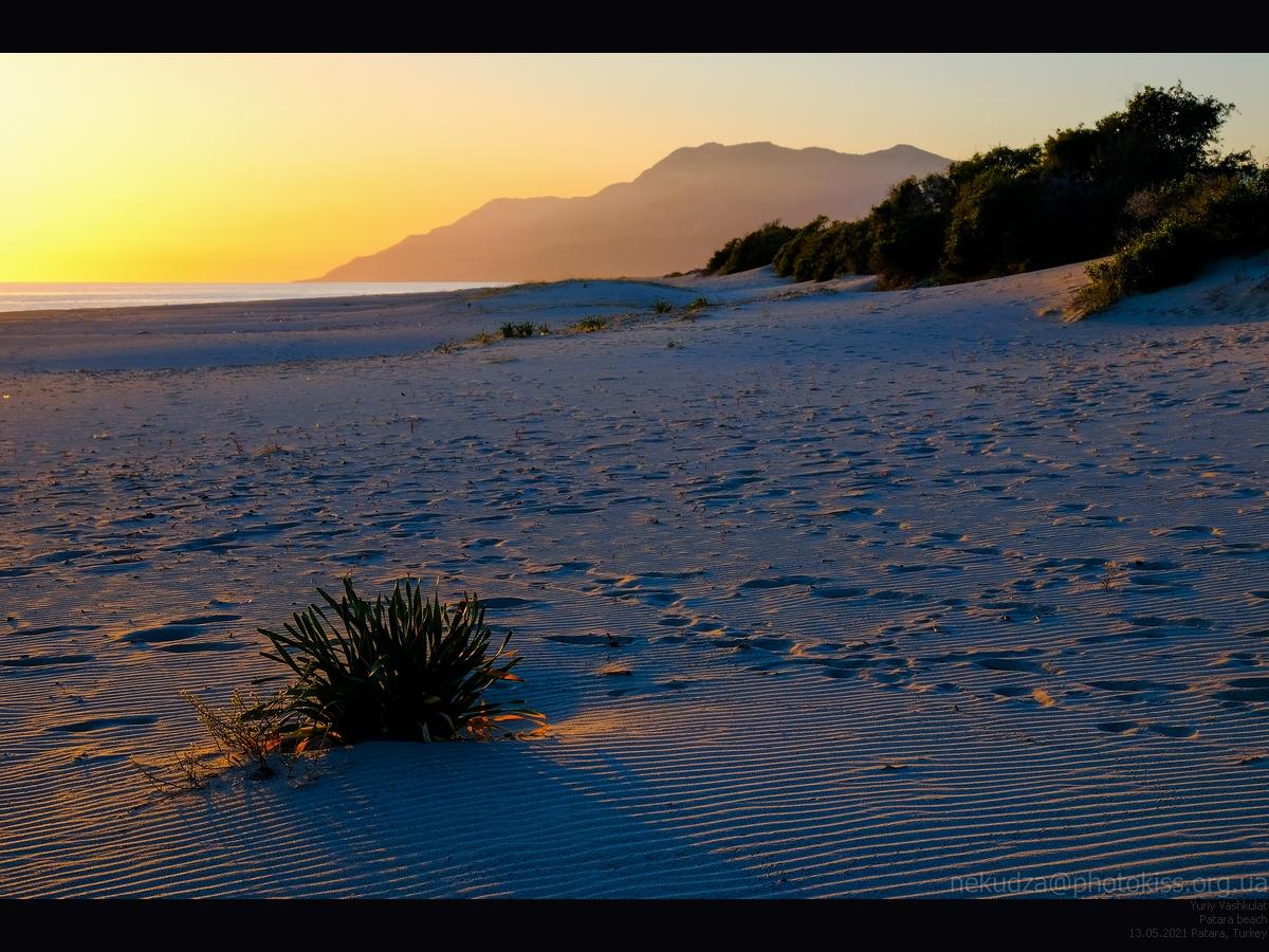 Дюны в Патаре